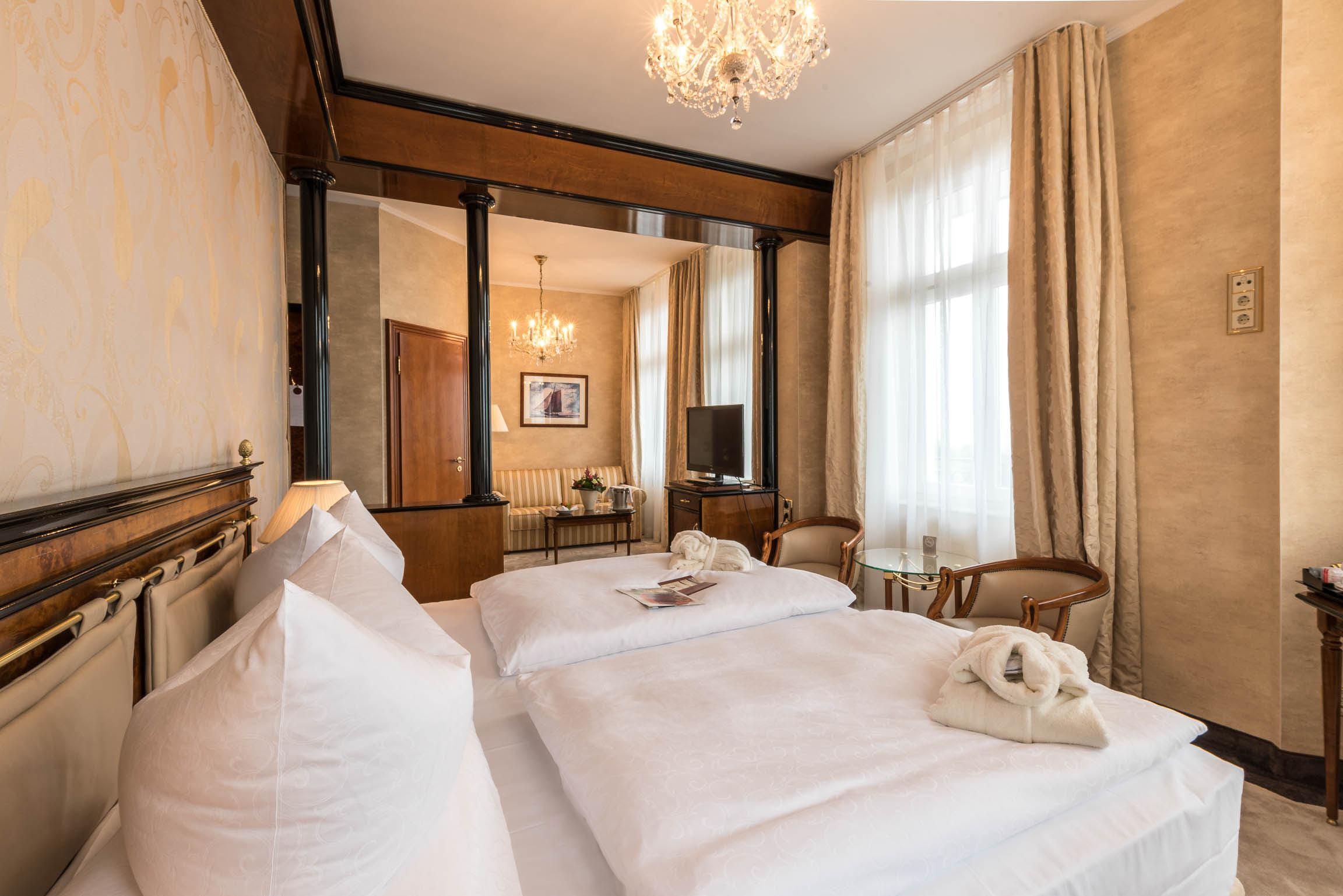 zimmer renovieren top literarisch wundersam zimmer renovieren zimmer renovierung reihenfolge. Black Bedroom Furniture Sets. Home Design Ideas